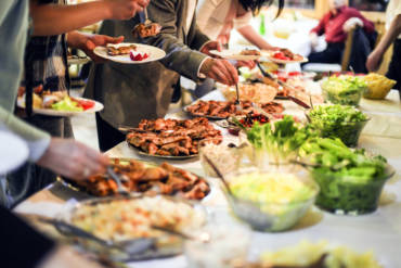 3 Pro Tips For Setting Up A Buffet Table