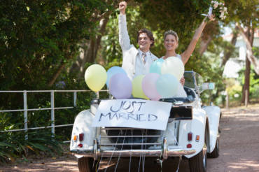 A Few Of The Oldest Wedding Traditions Explained