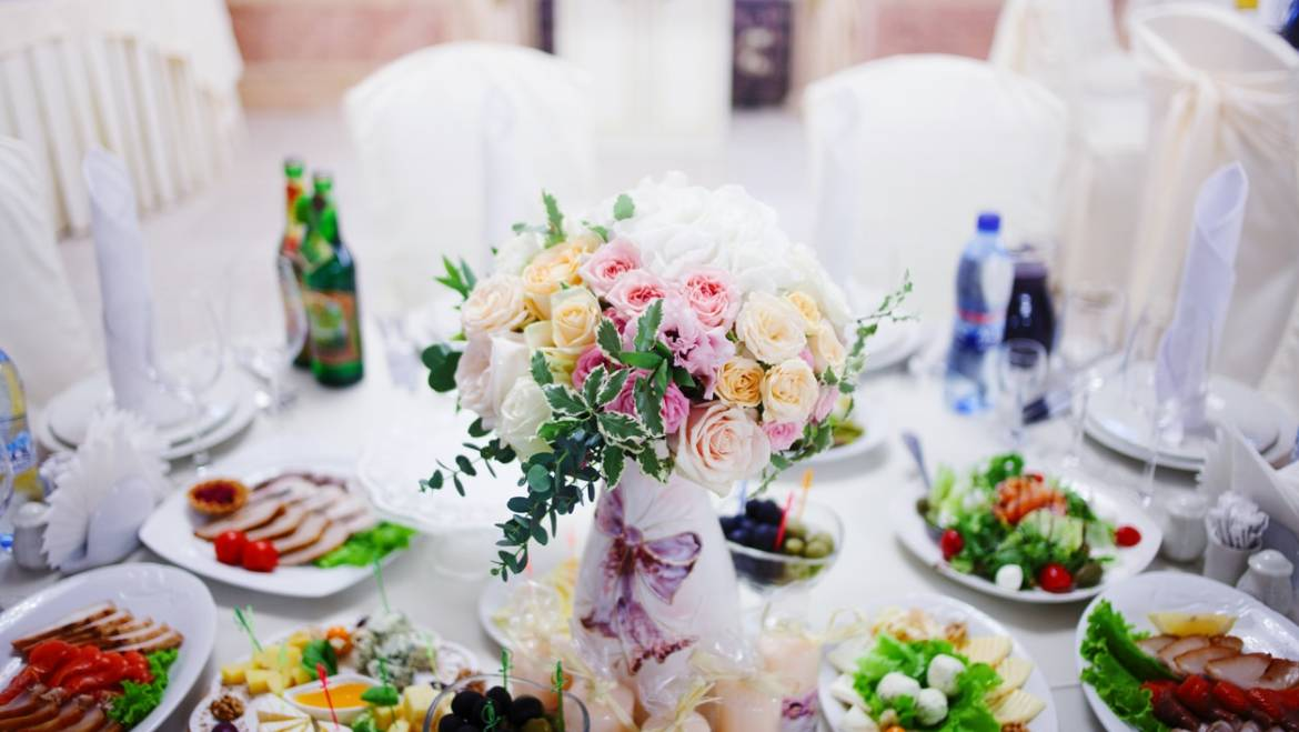 5 Ways To Make Rehearsal Dinner Planning A Breeze